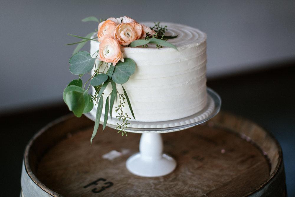 wedding-elopement-adventerous-romantic-timeless-south-dakota-blue-haven-barn-069.jpg