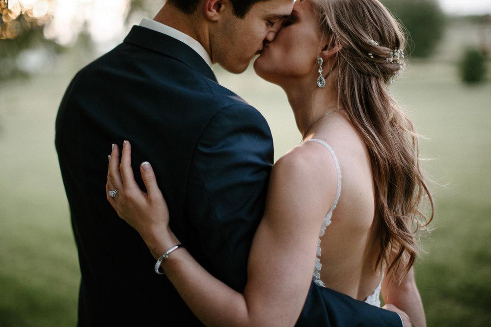 wedding-elopement-adventerous-romantic-timeless-south-dakota-blue-haven-barn-082.jpg