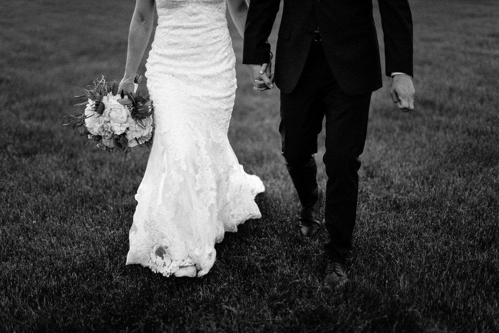wedding-elopement-adventerous-romantic-timeless-south-dakota-blue-haven-barn-090.jpg