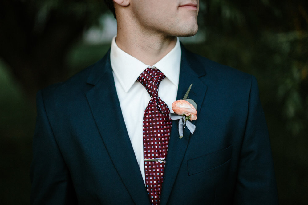 wedding-elopement-adventerous-romantic-timeless-south-dakota-blue-haven-barn-097.jpg