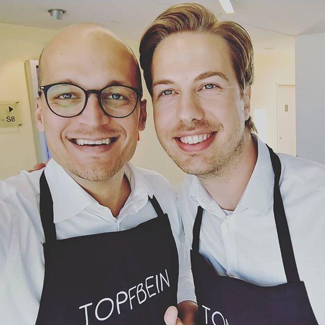 Heute zu Besuch bei @prosieben zur Vorstellung von TOPFBEIN für die Sendung @dasdingdesjahres!