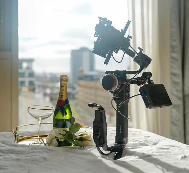 I've been using this workhorse combination so much recently I felt bad... so sent bae on a spa day 😂 🥂🍾 . #cinematography #filmmaking #ronins #sonya7sii #tilta #nucleusnano #atomosninjav #restandrelaxation