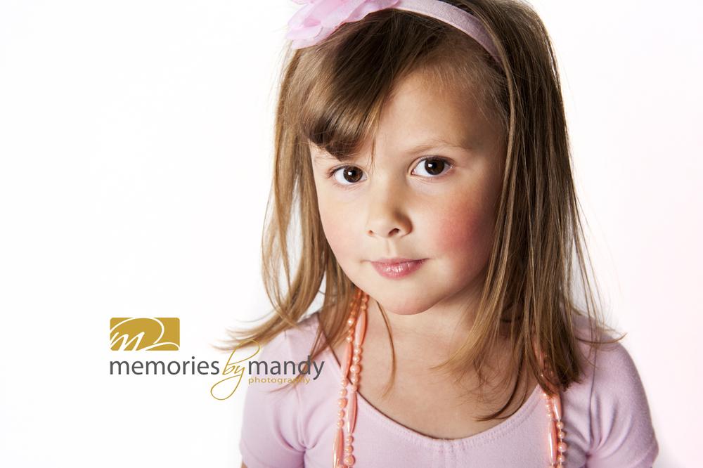 Saskatoon kids photographers (6).jpg