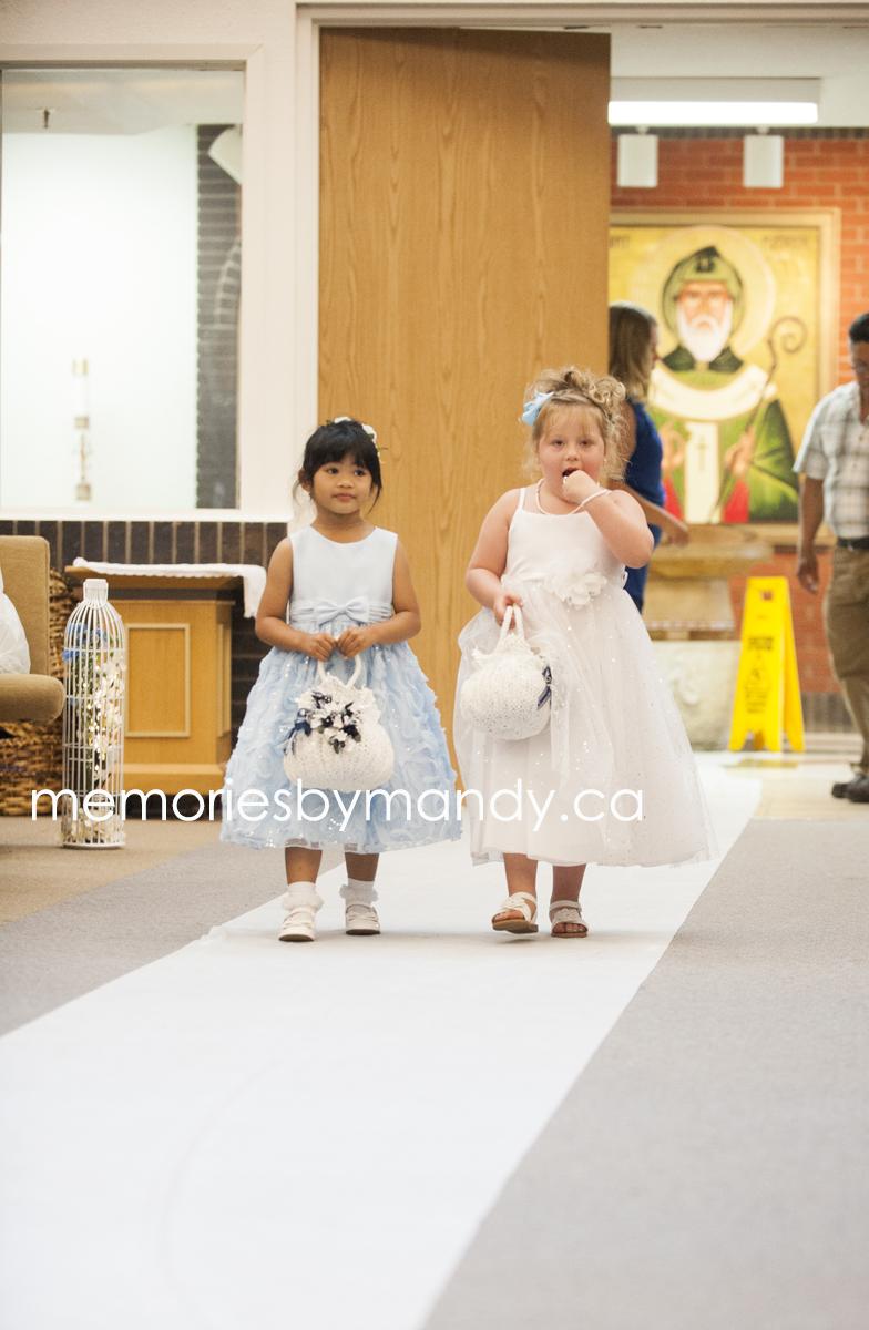 Saskatoon wedding photographer (35).jpg