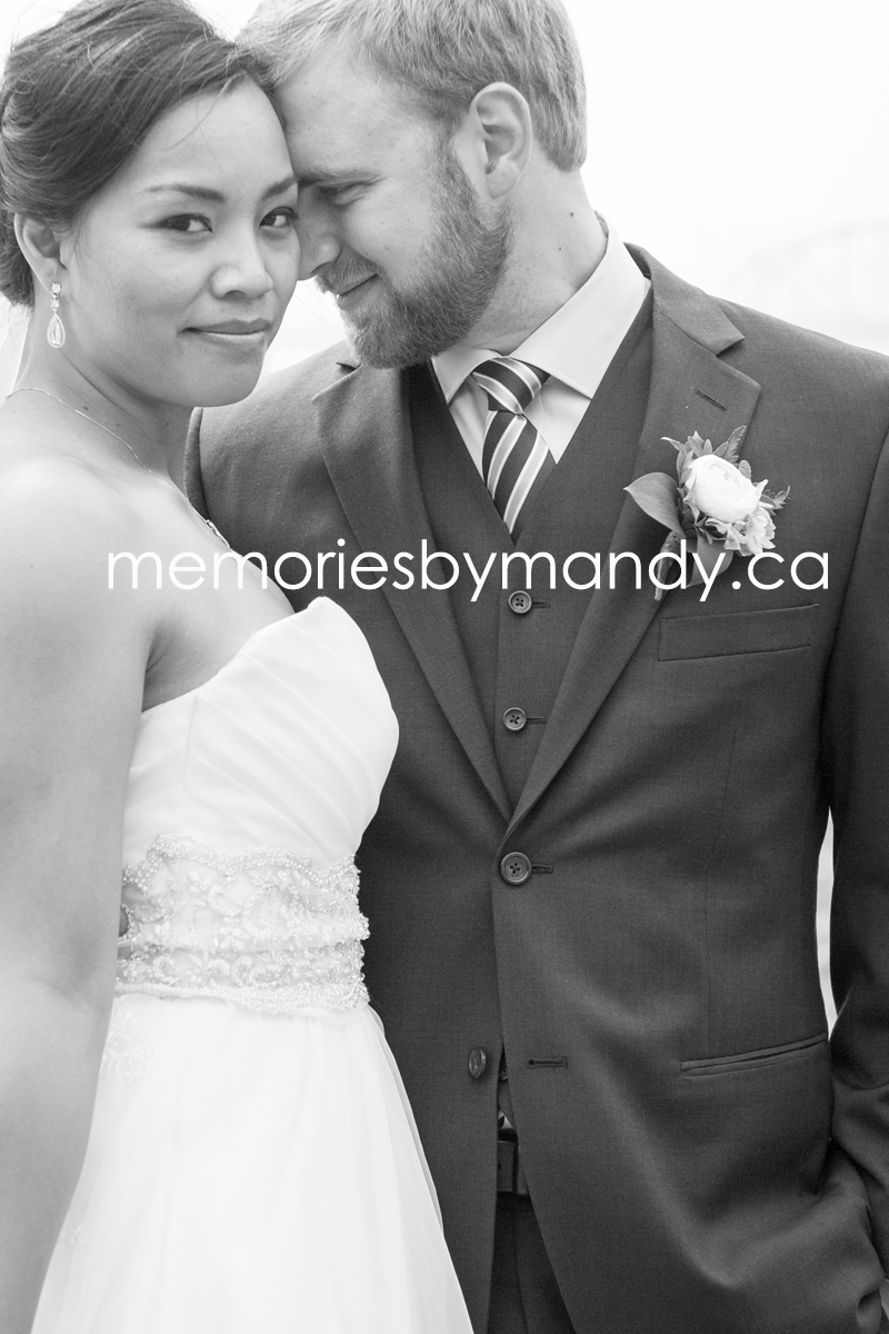 Saskatoon wedding photographer (70).jpg