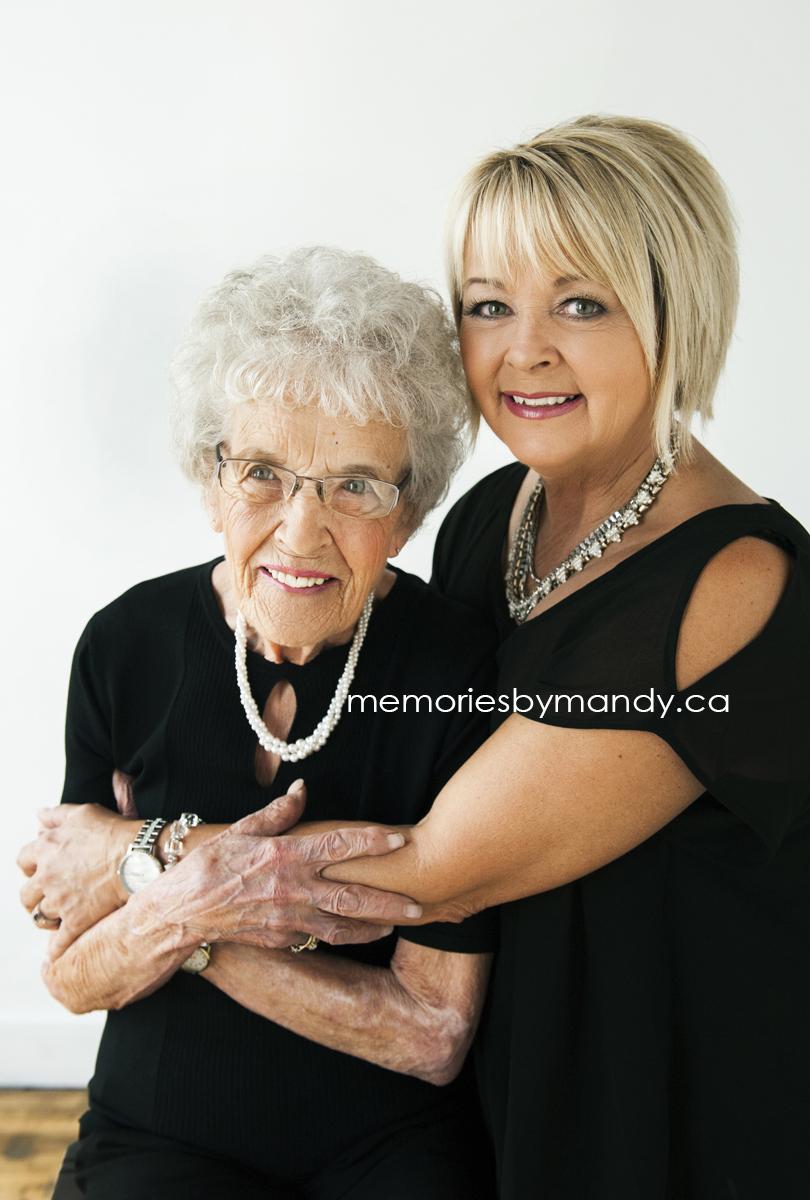 Saskatoon Photographers (35).jpg