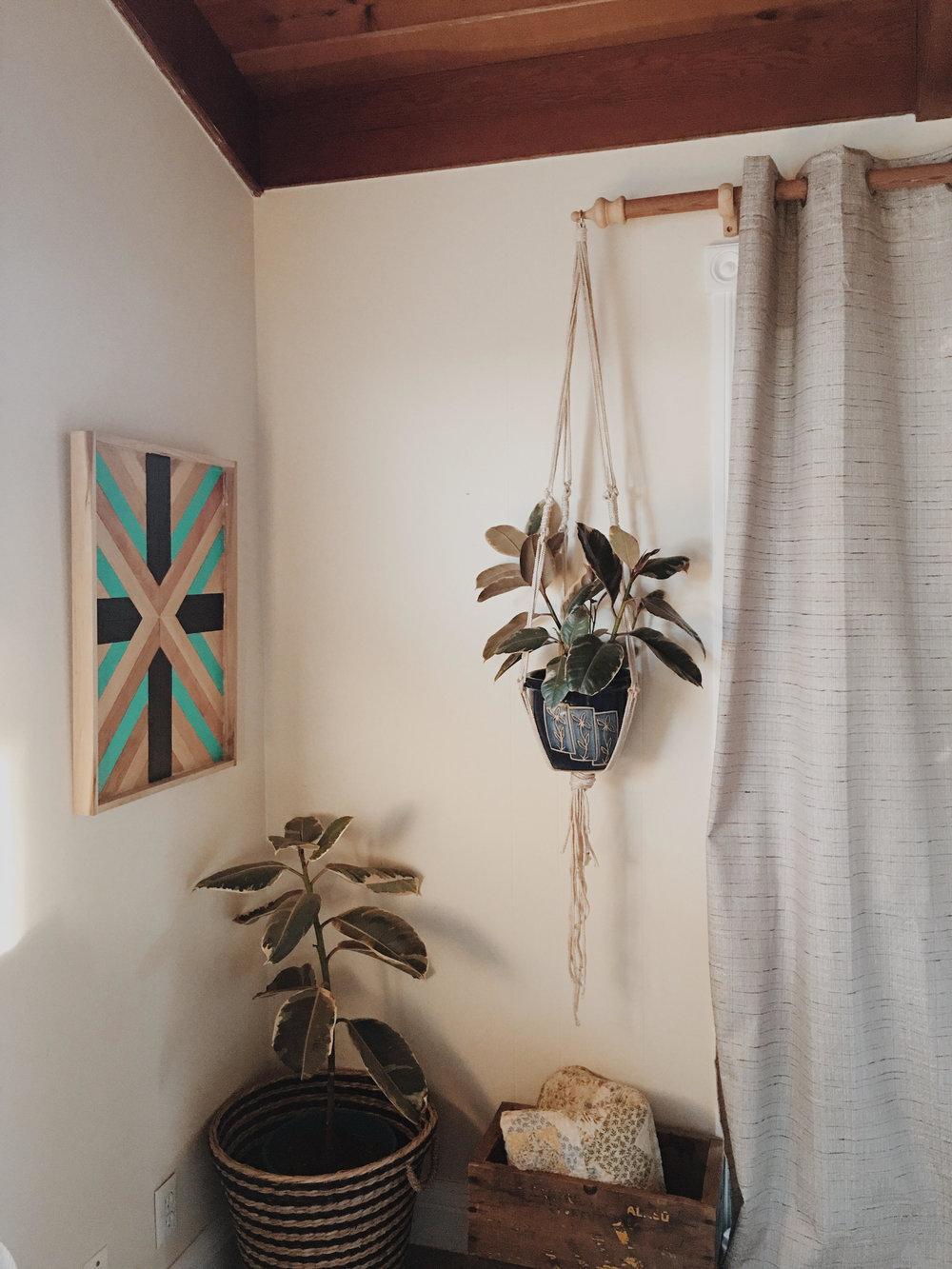 planthanger.jpg