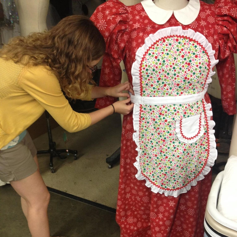 Sewing_Mrs_Claus_Costume.jpg