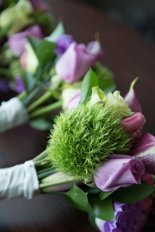 Wedding bridal bouquet on wedding day details Minneapolis Minnesota photographer