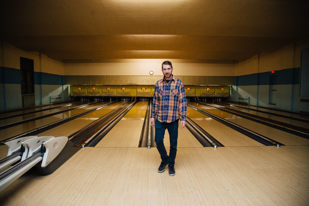 Steve Gibson poses for a shot in a bowling alley at Mahall's in Cleveland, Ohio, Thursday, April 7, 2016.