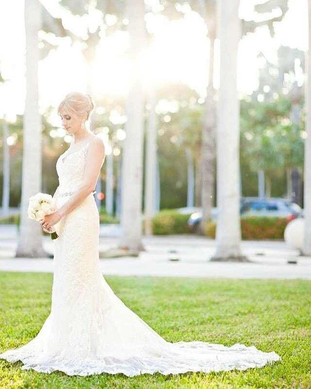Another stunning Total Events Bride! Still obsessed with this wedding!  Photo Credit: Robert Rios  #miamiwedding #miamievents #miamiweddingplanner #miamieventplanner #miami #coralgables #coconutgrove #miamibride #miamigroom #miamiphotographer #bestmiamiweddings #thallateestate #totalevents #blessed #breathtaking #engaged #shesaidyes