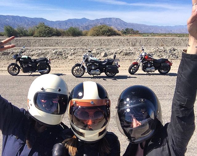 @shinyalien remember that time we flew to cali, rented bikes and met our road dog @laurynbesasie ?! excited for all the girls going to #babesrideout  this year, wish I was gonna be there!!! 💘💘💘 #womenwhoride #motocrushmonday