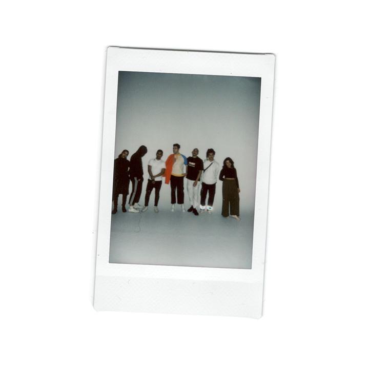 JOMNumero9-Crew.jpg