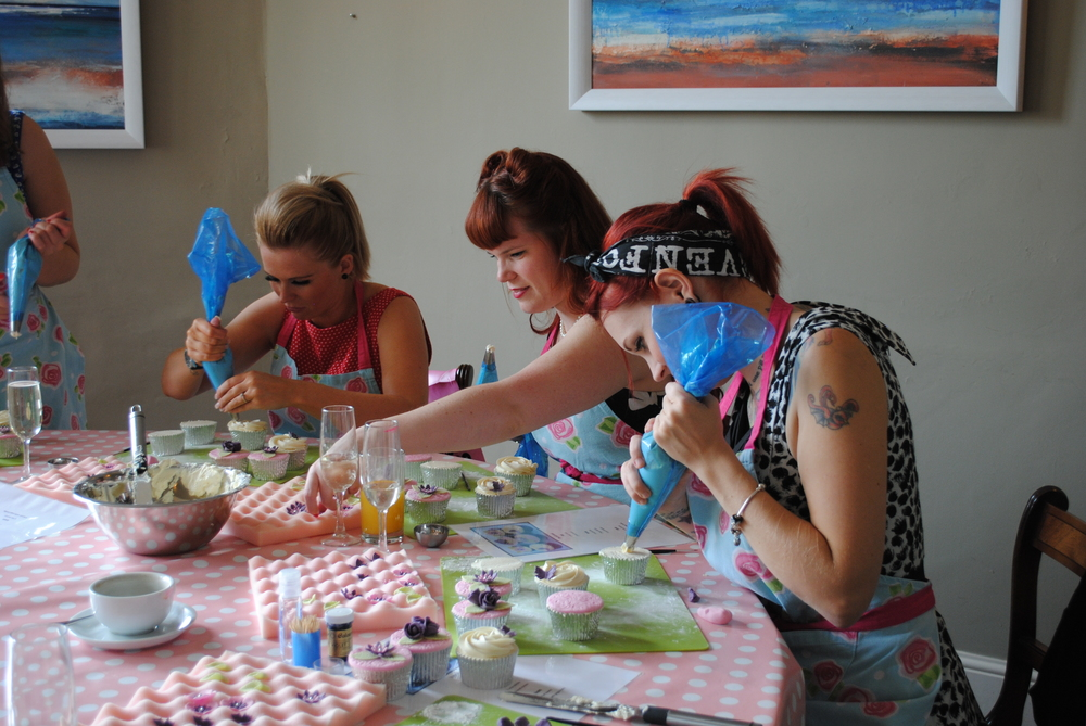 Cupcake Decorating Hen Party Activity Bath