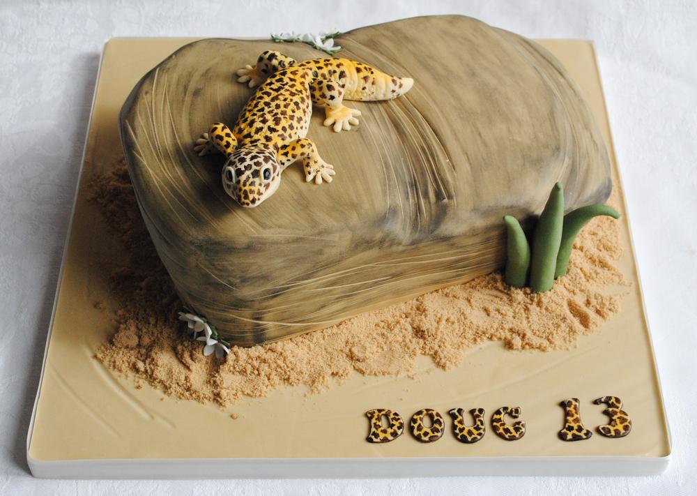 Leopard Print Gecko Cake