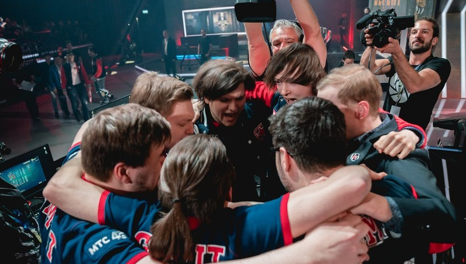 Gambit defied expectation to top Group A in a performance that revoked the memories of the old Moscow 5 and Albus Nox Luna. This result will be a vital confidence boost for the team heading into the second half of the season.