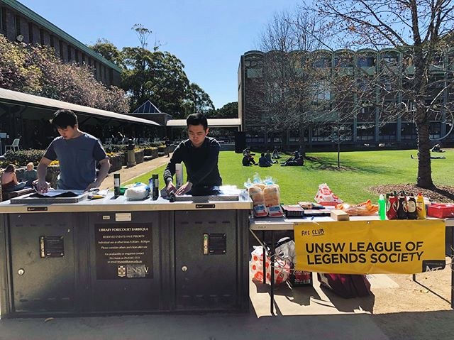The grill is running hot and the sausages are cooking down at the UNSW Library Lawn.  Come down for a quick bite and chill with all your friends with some awesome League banter, including our UNSW team's performance in the International College Cup in China from 12-2pm! #leagueoflegends #bbq #unsw #unswlolsoc