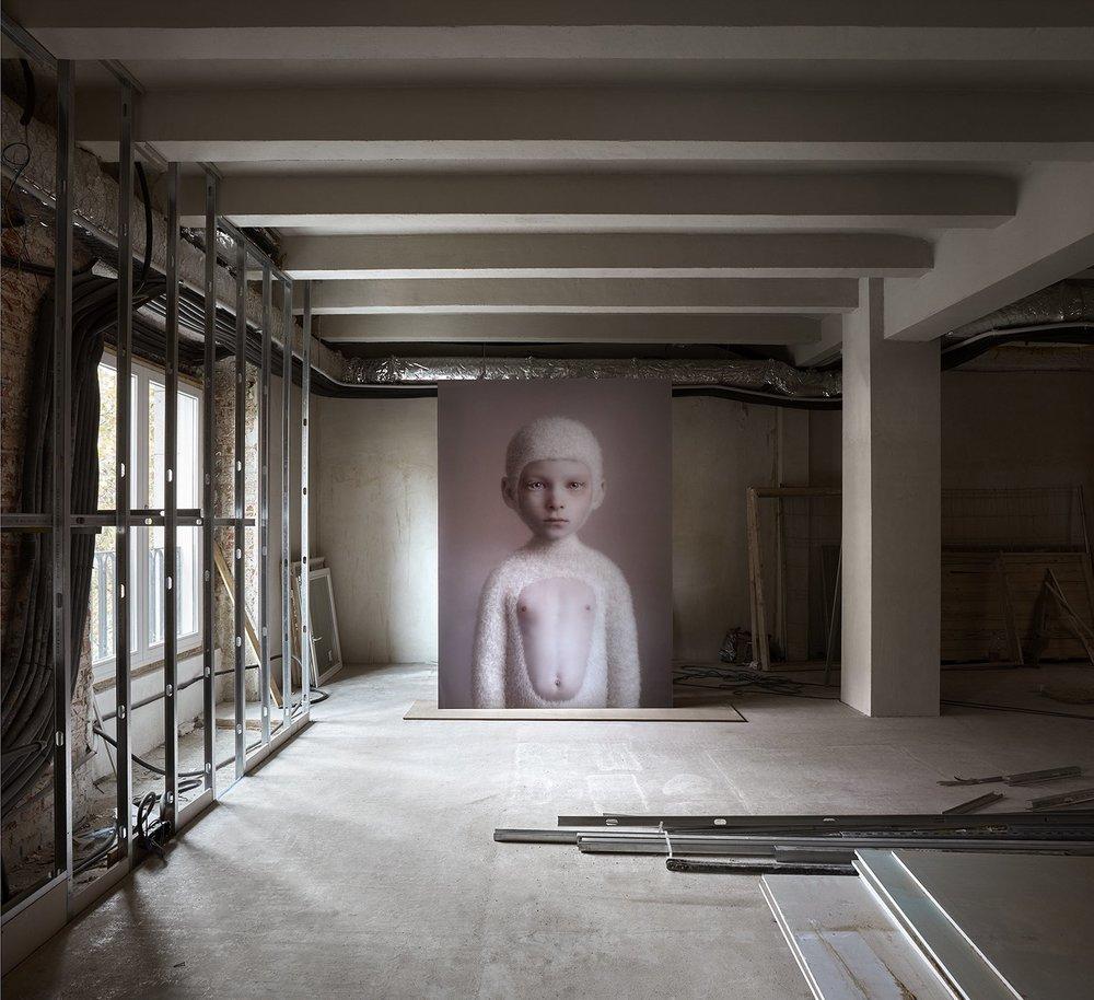 Espacio para la colección de arte SOLO de estudioHerreros foto Mariela Apollonio_OPEN HOUSE MADRID_PATI NUNEZ AGENCY.jpg