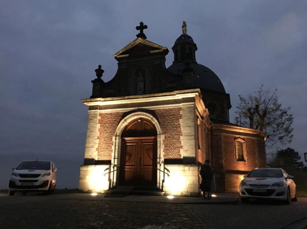 De kapel op de Muur van Geraardsbergen: een mooi voorbeeld van camerabewaking via 4G Router.