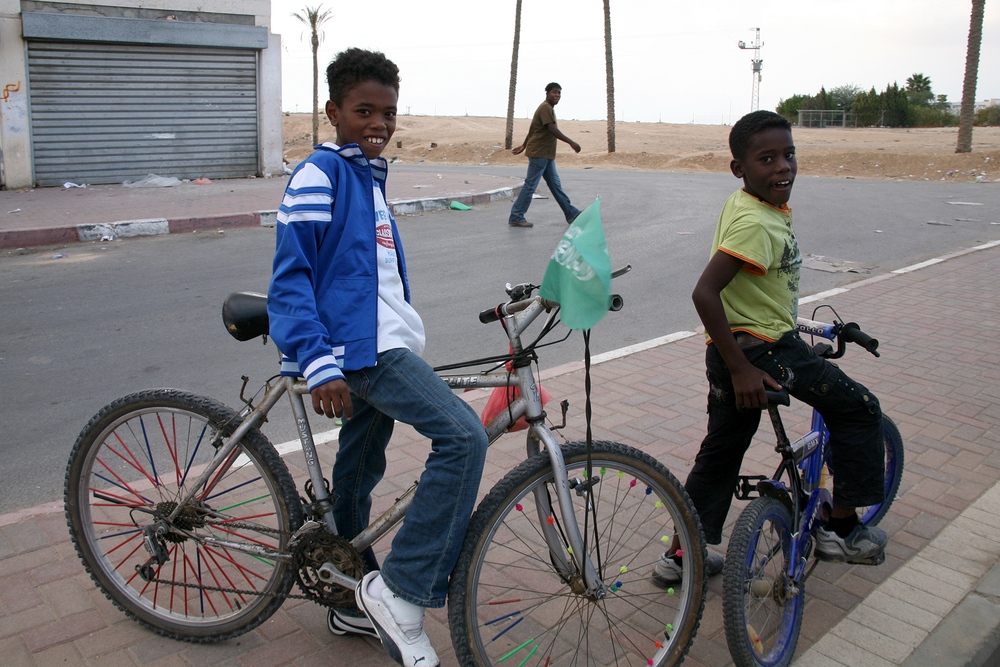 Bedouin boys on bikes 1.jpg
