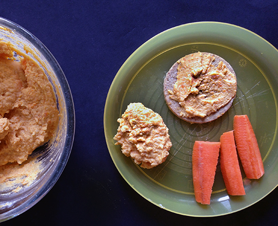Carrot hummus (baby friendly recipe)