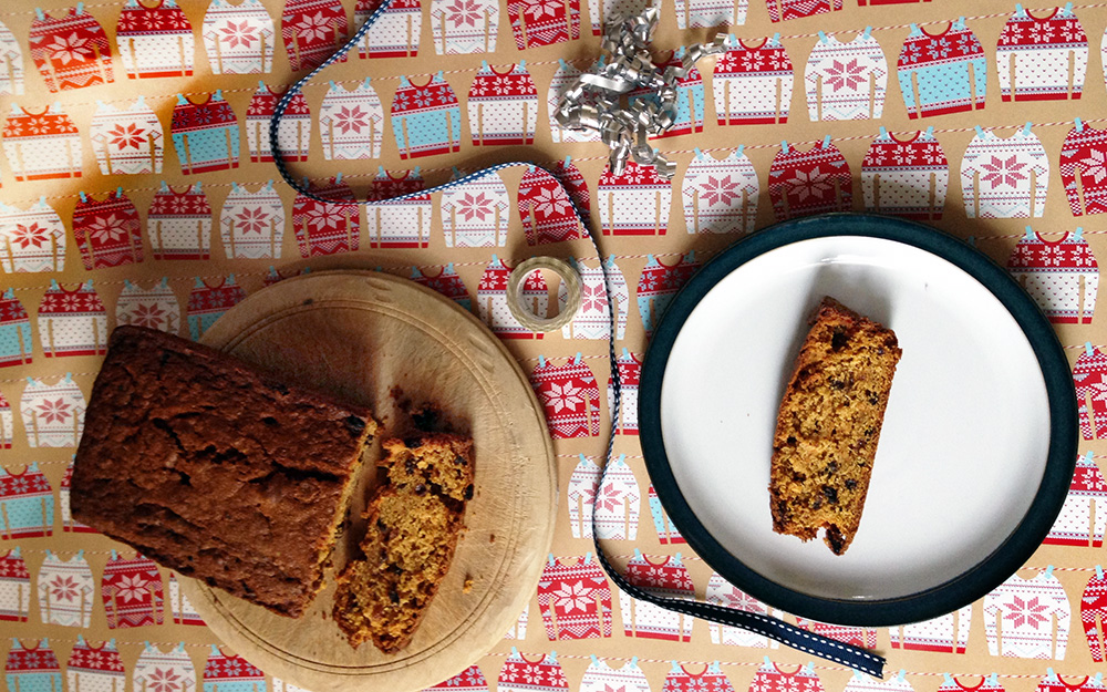 Carrot Christmas tea loaf