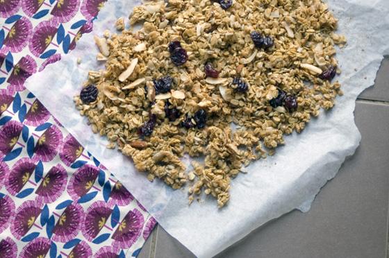 Coconut and cherry granola recipe with Vita Coco coconut oil
