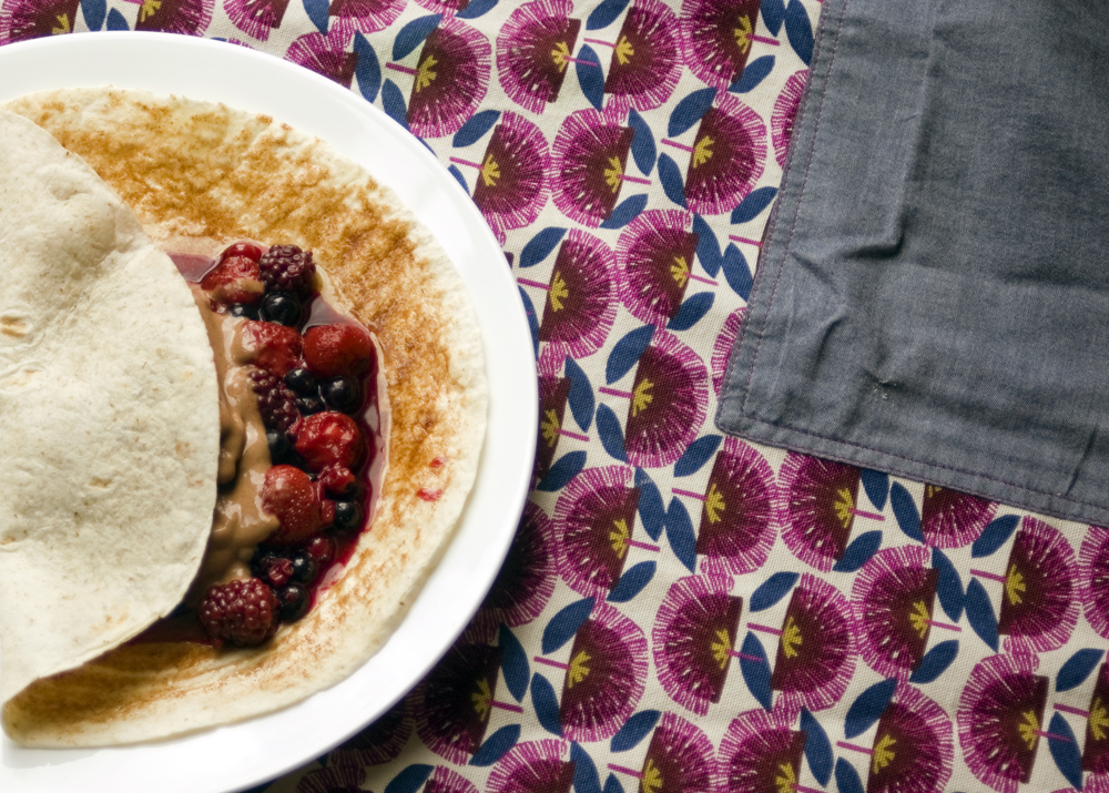 Cinnamon-wraps-with-berry-compote-and-chocolate-banana-nice-cream