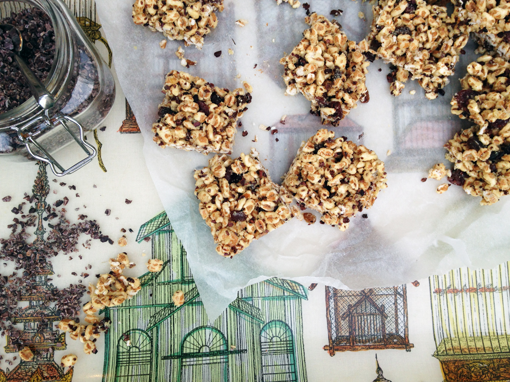 Honey-spelt-puff-cherry-freezer-snack-bars