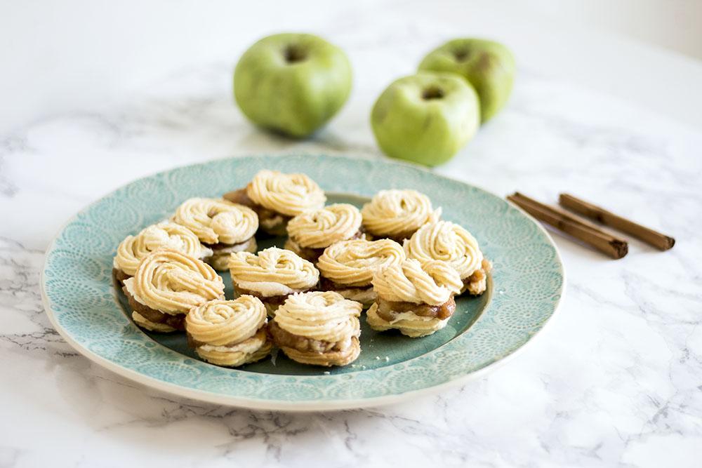 Vegan-apple-cinnamon-viennese-whirls