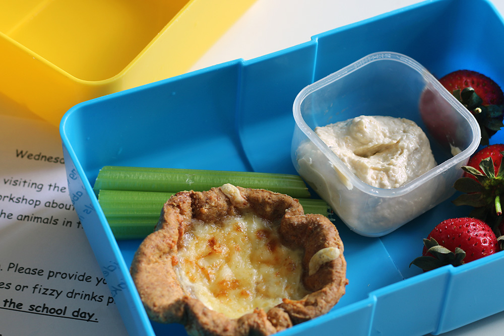 Baked-bean-cheese-mini-pies-lunchbox-Flora