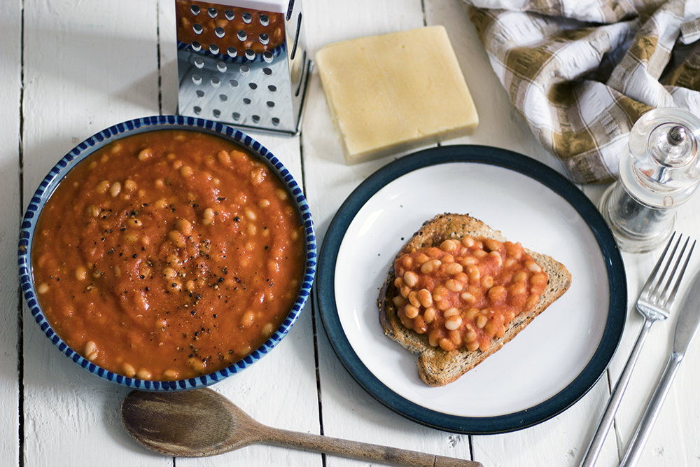 Homemade-unbaked-beans-with-hidden-veg