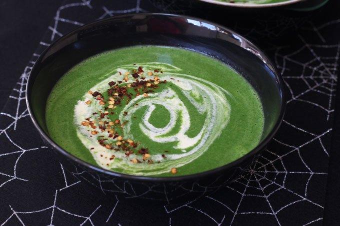 Green-Goblin-Halloween-spinach-soup