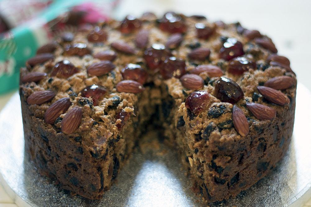 Vegan-Christmas-cake-recipe