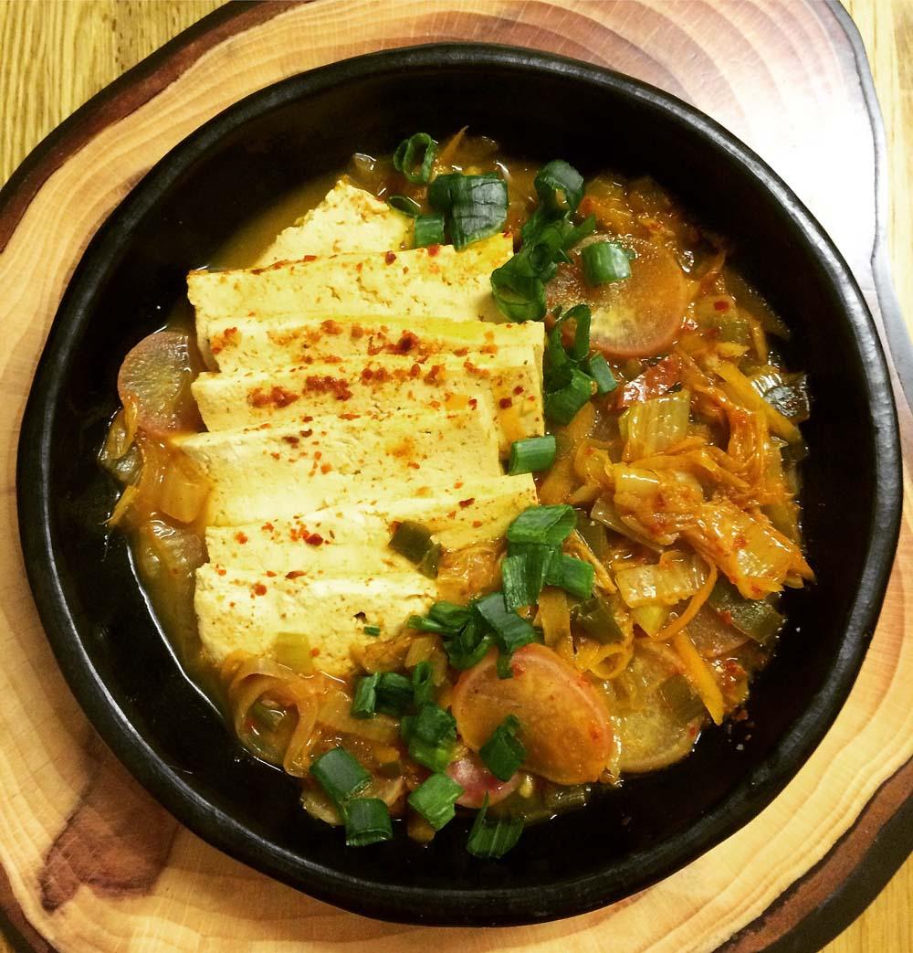 Vegan-kimchi-stew