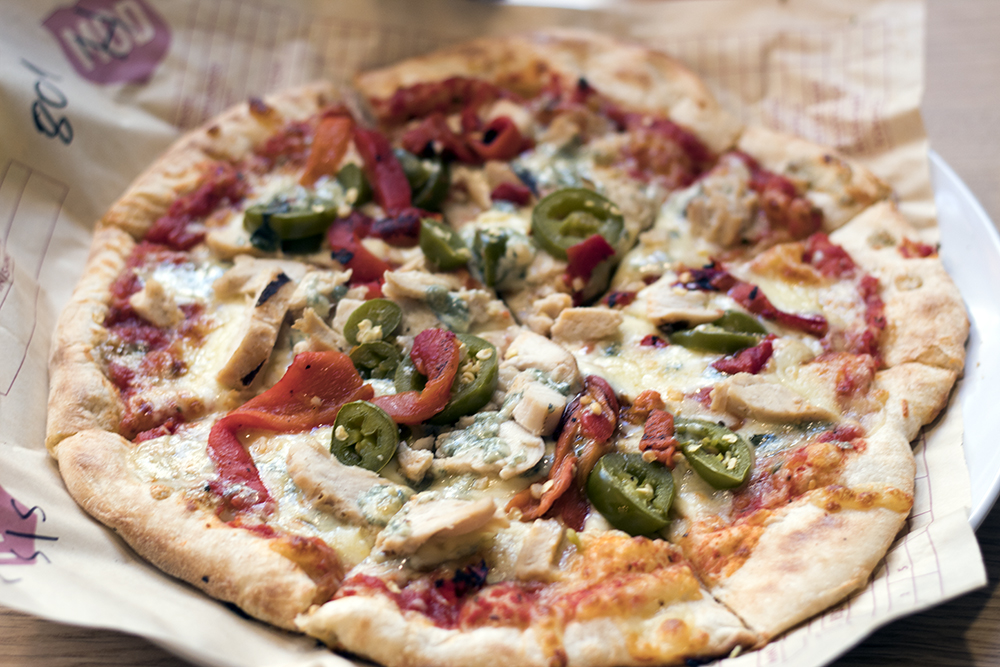 Mr Sneaky Veg went off menu and had a pizza with roasted red peppers, chicken and jalapeños - there wasn't a slice left.