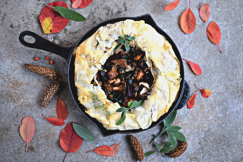 Creamy-wild-mushroom-pie-christmas-vegetarian-main