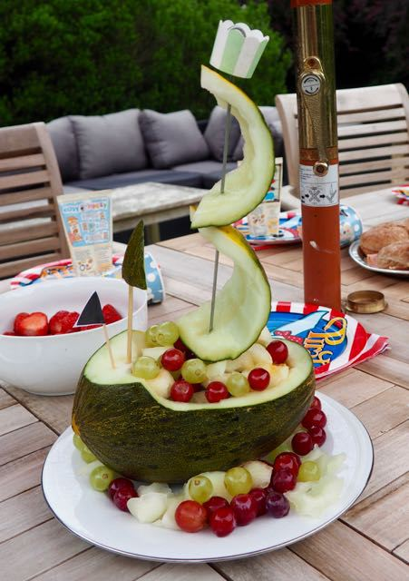 Pirate-melon-ship-healthy-kids-birthday-parties