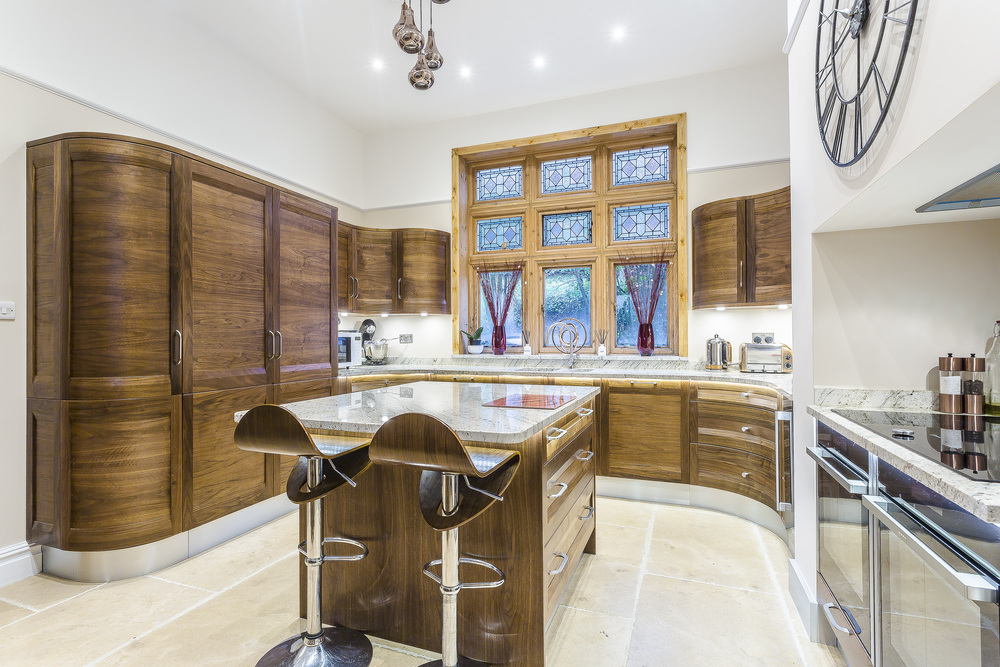 Clutter free almost doubles the look of the work surfaces