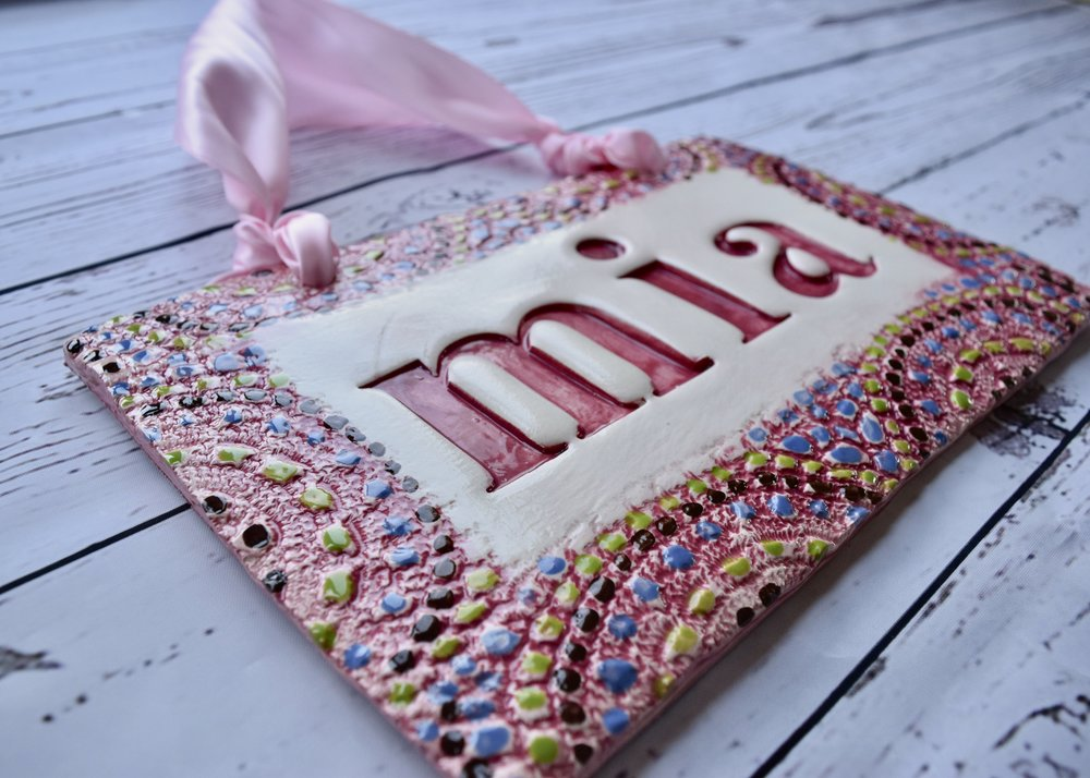 Baby name sign in Pink