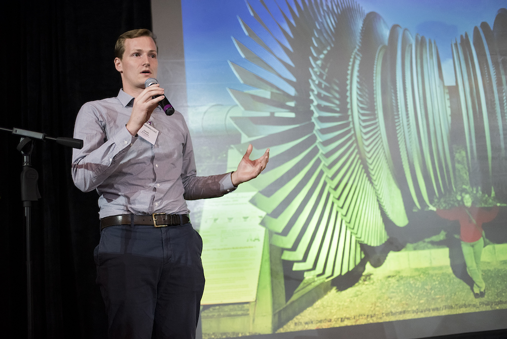 Jared Schwede, co-founder of  Spark Thermionics , pitching at  Activate 2016 .
