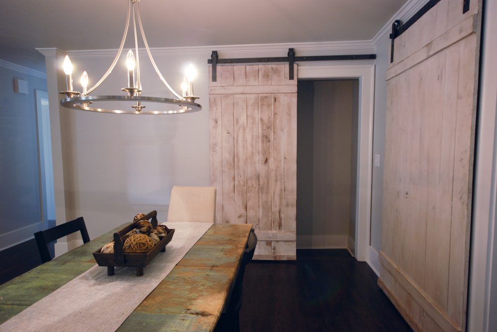DIY barn doors via Drum Homes