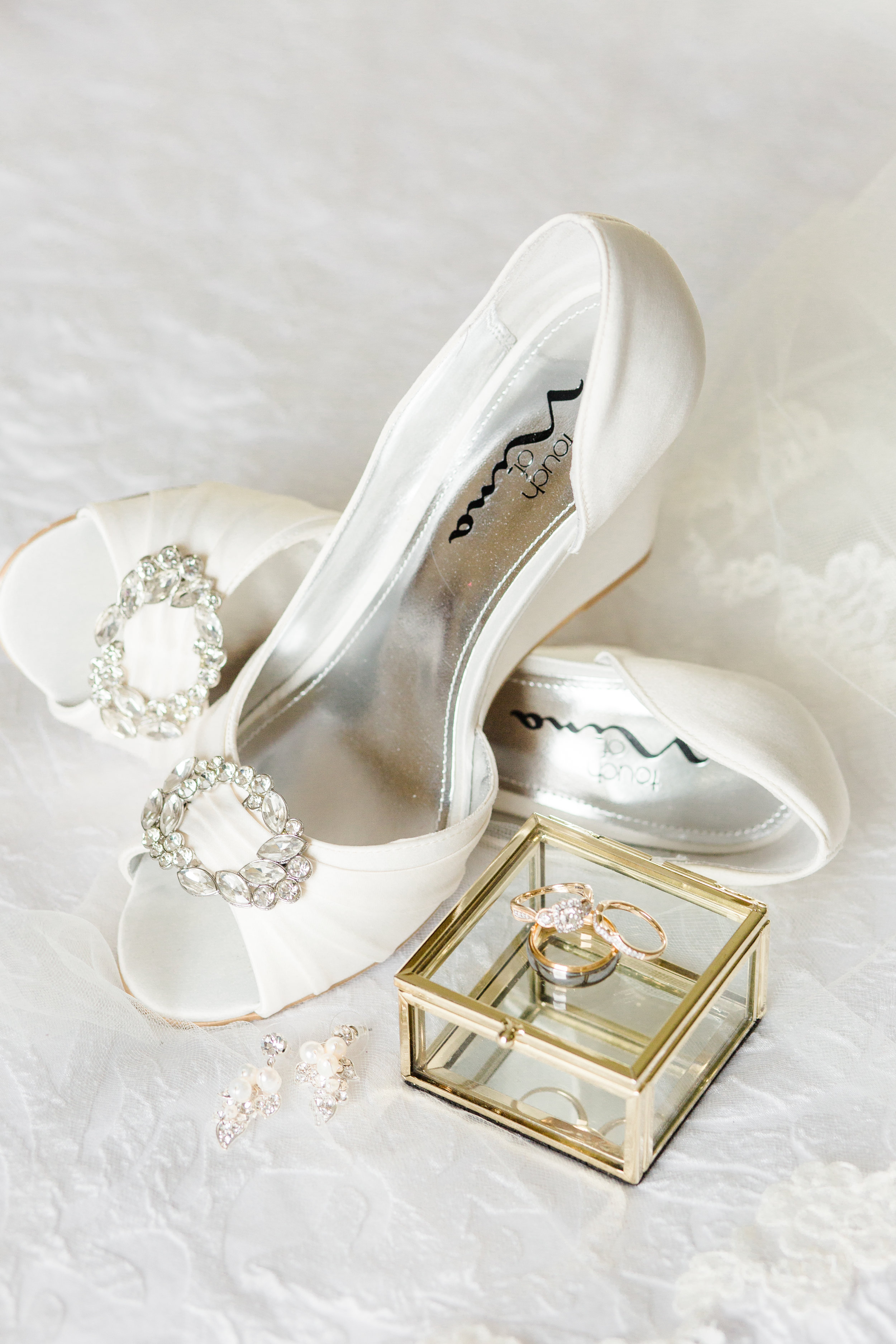 49b2f2ab45d Vendors  Second Shooter  Jessica Smith   Florals  Southern Veranda   Cake   Couture Cakes   Rentals  Port City   Wedding Dress  Bliss Bridal    Bridesmaids ...