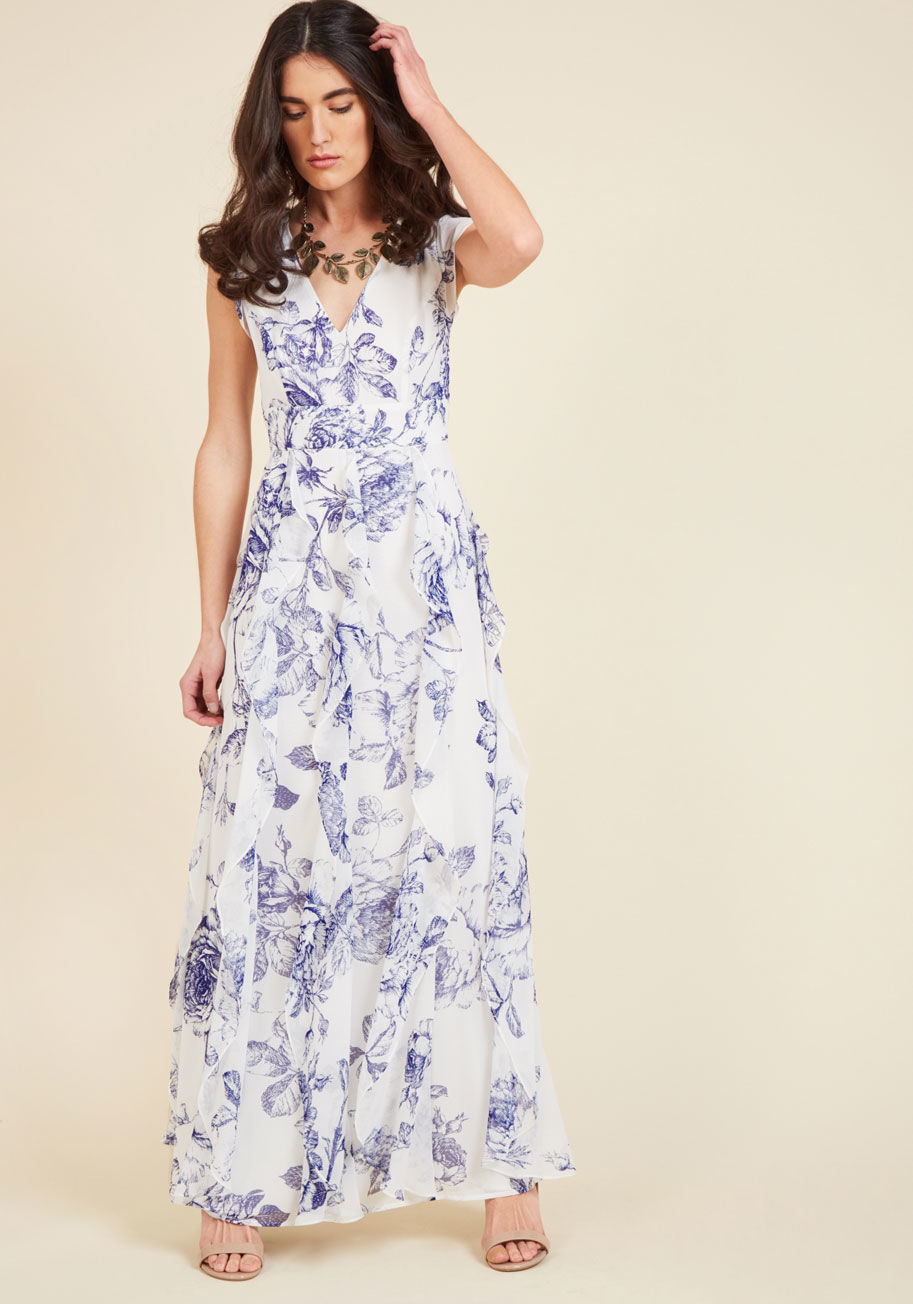 https://www.modcloth.com/shop/party-dresses/exquisite-epilogue-maxi-dress/10093314.html?dwvar_10093314_color=BLUFL#sz=36&start=253