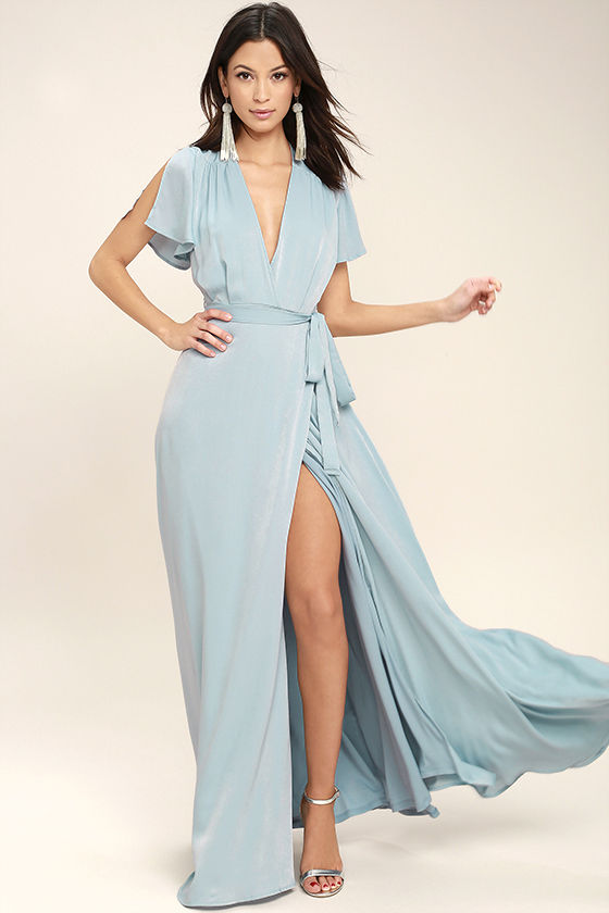 https://m.lulus.com/products/city-of-stars-light-blue-maxi-dress/460622.html