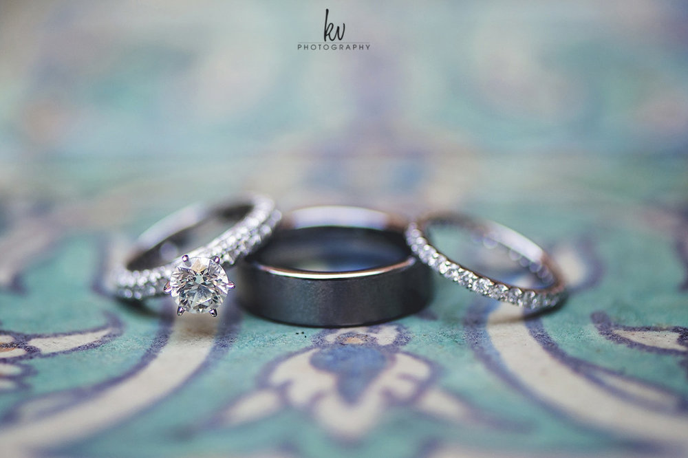 Wedding rings, diamond and platinum combination