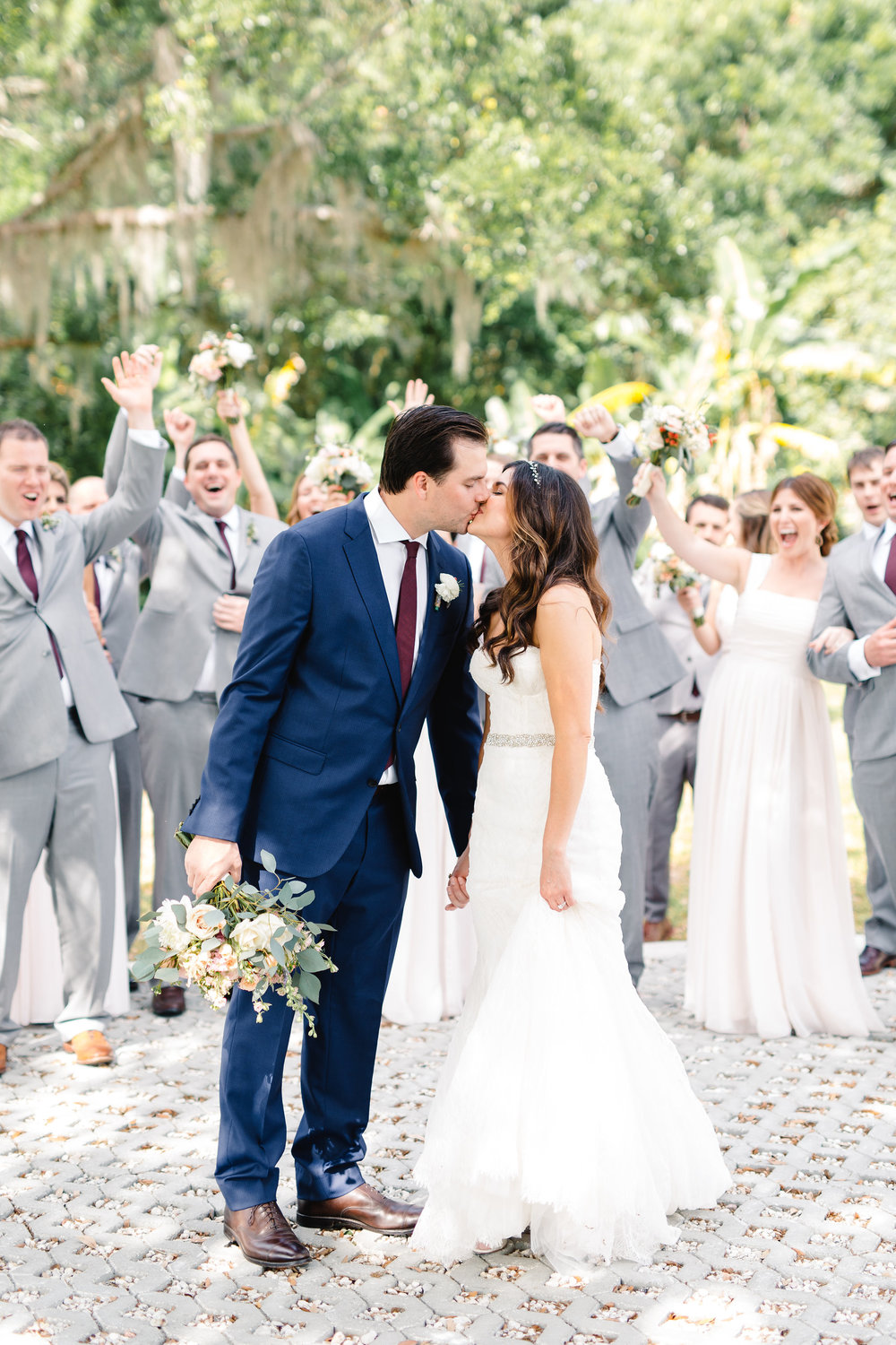 First of many kisses, Orlando bride and groom