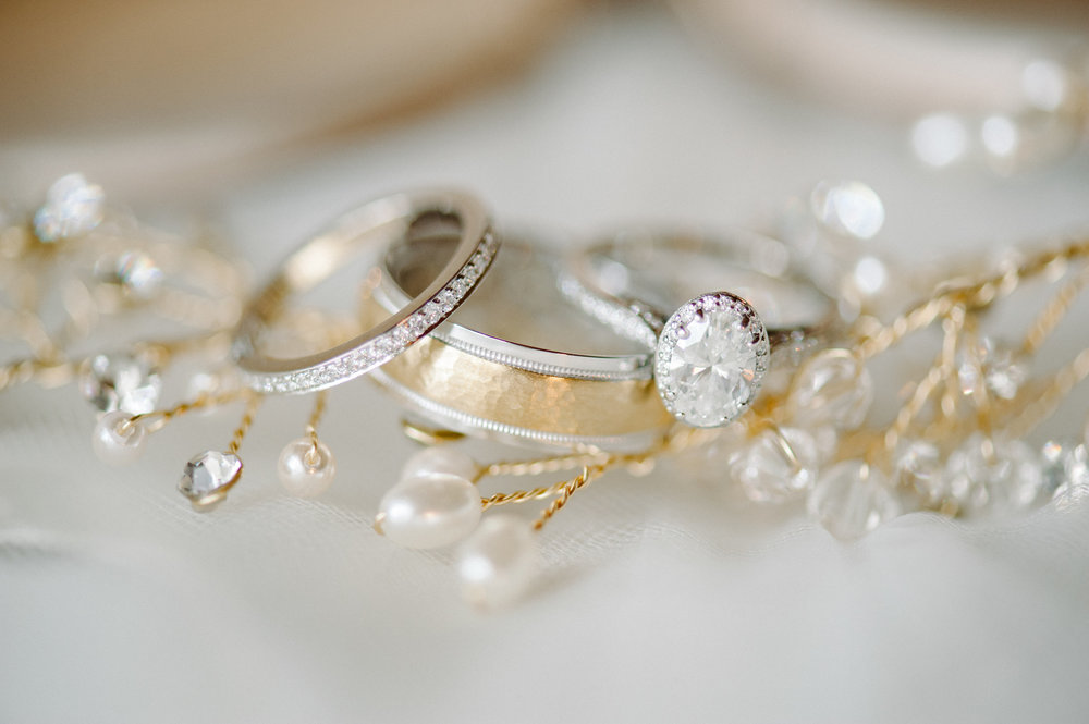 Perfect combination of gold, pearls and diamonds