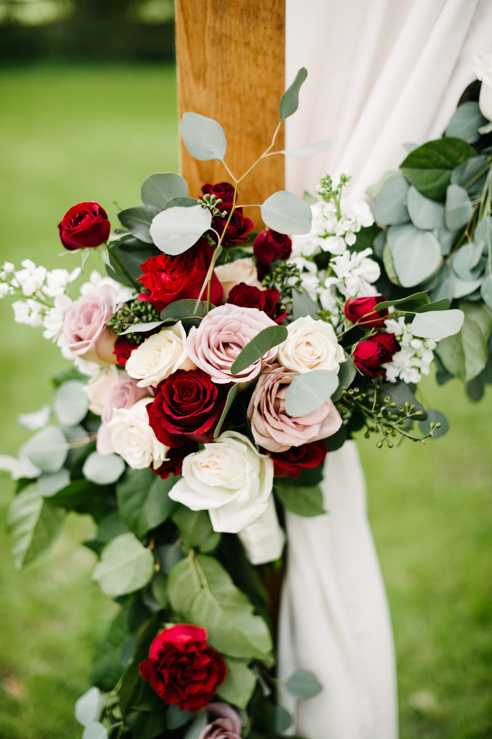 Wedding floral by Blue Ribbon Weddings