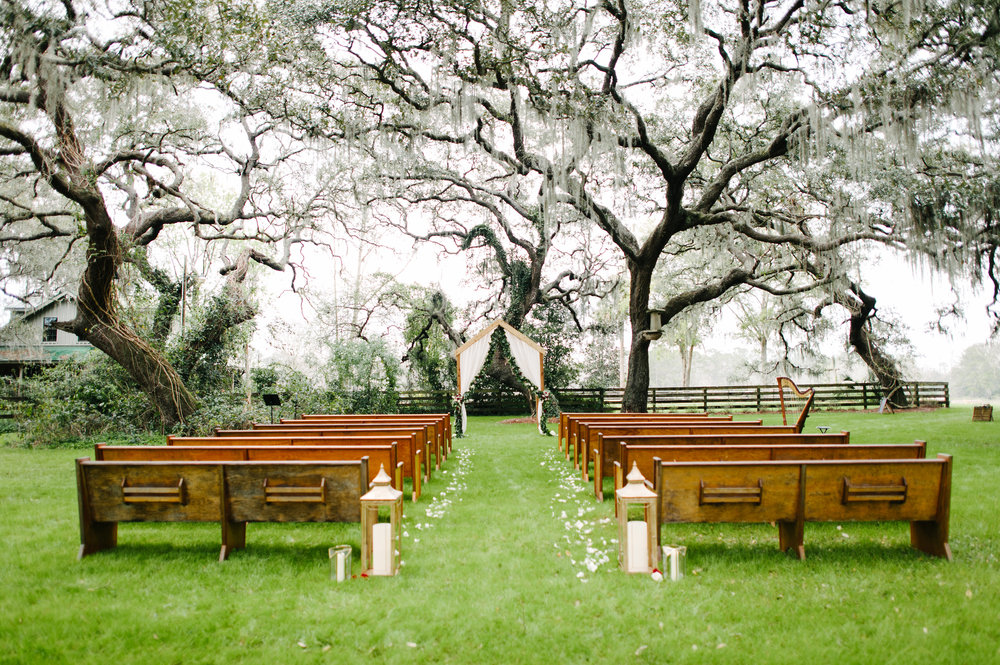 Ceremony aisle with candle aisle markers